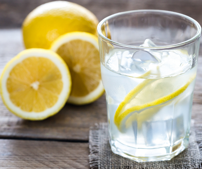 Lemon Water For A Healthy Morning Routine For Moms
